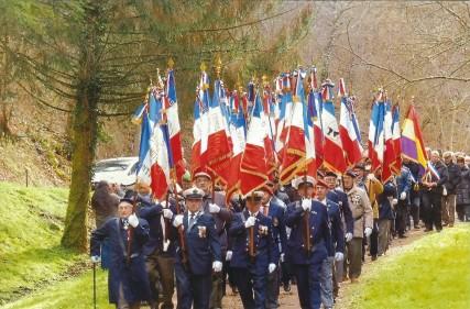 Porte-drapeaux Corrèze et Dordogne 2
